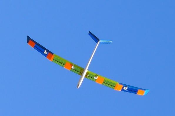 Avia de Paco Garay